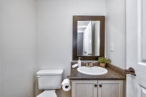 Main Level 2-Piece Bath